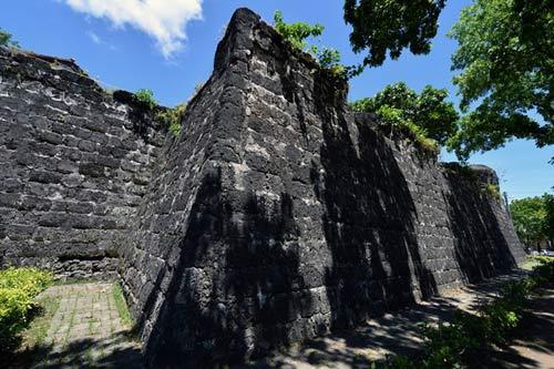 Tham quan pháo đài lâu đời nhất Philippines - 11
