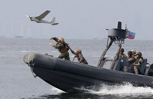 Mỹ-Philippines sắp bắn đạn thật trên Biển Đông - 2