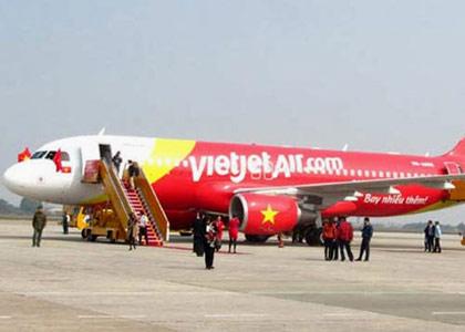 """VietJet Air giải thích sự cố máy bay """"nhầm đường"""" - 1"""