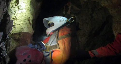 Đức: Giải cứu nạn nhân mắc kẹt trong hang sâu 11 ngày - 1