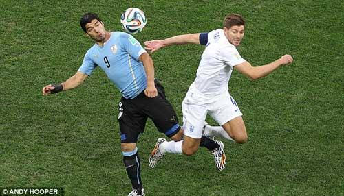 Suarez – Gerrard: Người lên đỉnh, kẻ xuống vực - 2