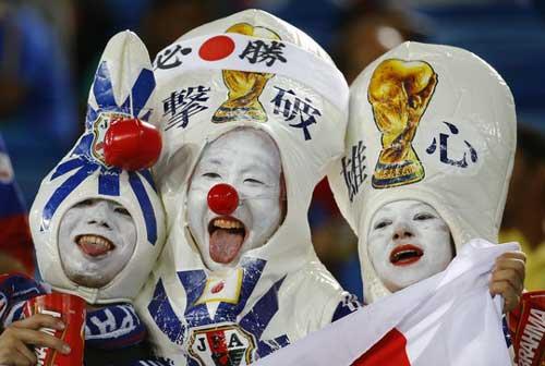 Fan bóng đá khoe độ cuồng ở World Cup 2014 - 8