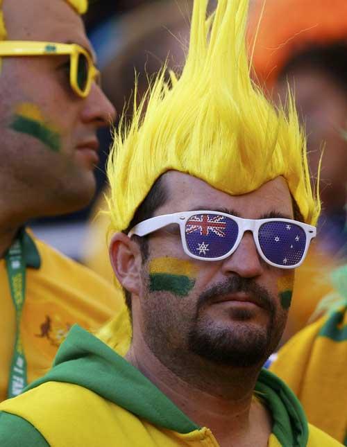 Fan bóng đá khoe độ cuồng ở World Cup 2014 - 13