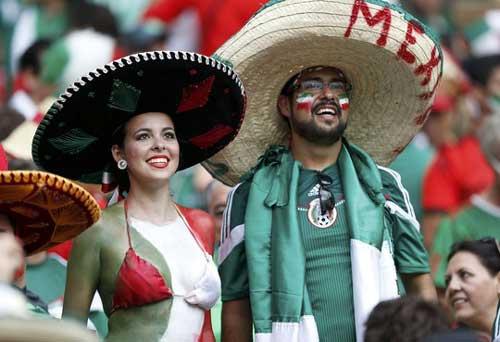 Fan bóng đá khoe độ cuồng ở World Cup 2014 - 3