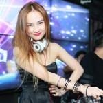 Ngôi sao điện ảnh - Bạn gái mới Lê Hiếu khoe vẻ sexy trong đêm Hà Nội
