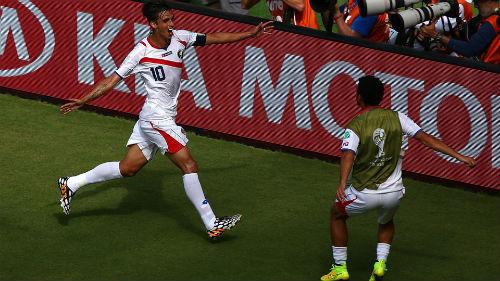 Italia - Costa Rica: Ngôi đầu xứng đáng - 1