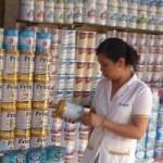 Thị trường - Tiêu dùng - Từ 21-6, giá sữa giảm cả trăm ngàn đồng/hộp