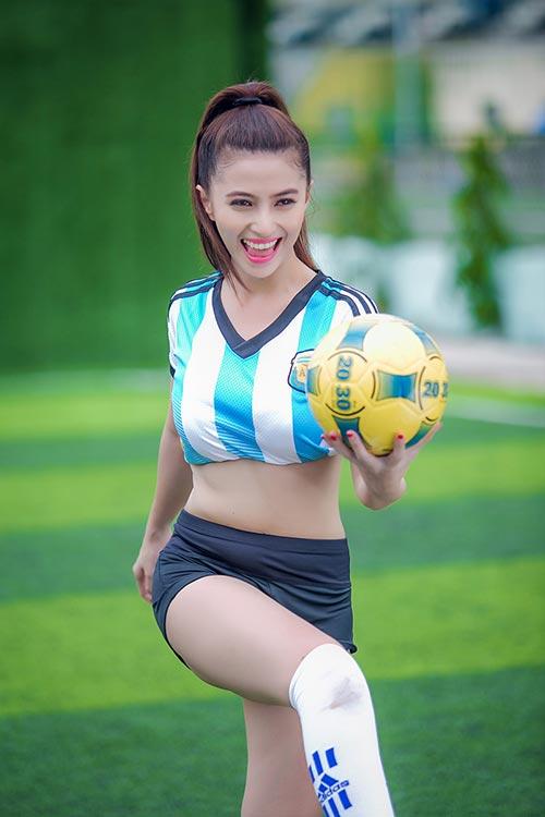 Messi thăng hoa, ca sĩ hotgirl Việt My muốn tặng nụ hôn - 5