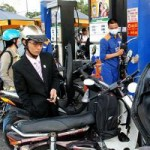 Thị trường - Tiêu dùng - Doanh nghiệp được rộng quyền quyết giá xăng dầu?