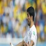 Suarez bị phạt nặng, Uruguay dọa tẩy chay World Cup
