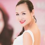 Thời trang - Hoa hậu U40 Bảo Ngọc khoe nét tươi trẻ