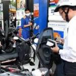 Thị trường - Tiêu dùng - Giá xăng dầu: Chuyển quyền điều hành sang Bộ Công Thương