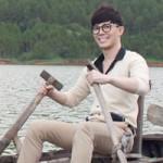 Sao ngoại-sao nội - Nathan Lee hóa nam sinh chèo đò