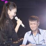 Ca nhạc - MTV - Thu Minh lả lơi với Lê Hoàng trước mặt chồng Tây