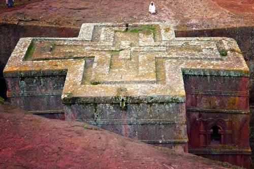 Nhà thờ khắc từ đá độc đáo ở Ethiopia - 3