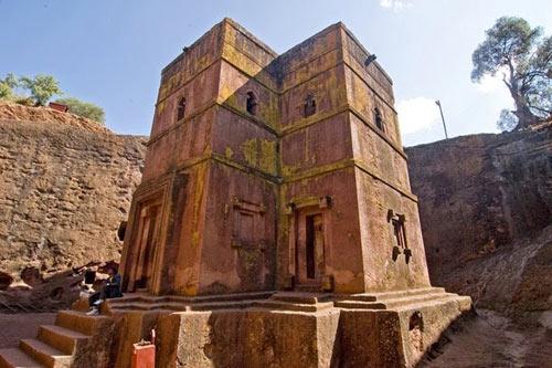 Nhà thờ khắc từ đá độc đáo ở Ethiopia - 8