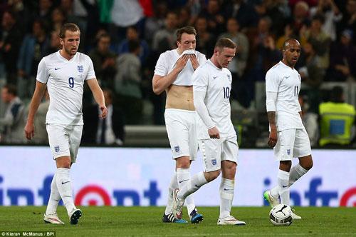 Tuyển Anh tan tác vì thử nghiệm của Hodgson 1