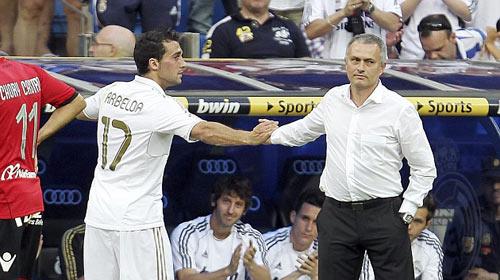 """Tiết lộ: Mourinho có thể """"tái hợp"""" Real 1"""
