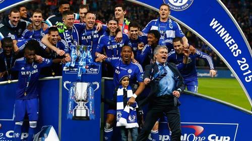 """Tiết lộ: Mourinho có thể """"tái hợp"""" Real 2"""