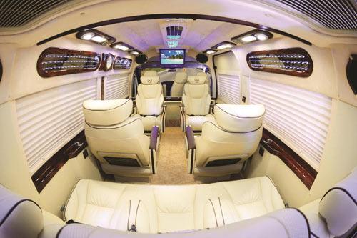FORD DCAR NEW - Mẫu xe mới dành cho doanh nghiệp - 4