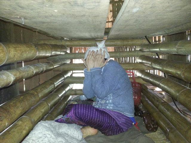 Người đàn bà 4 năm bị nhốt trong cũi ở Thanh Hóa - 2
