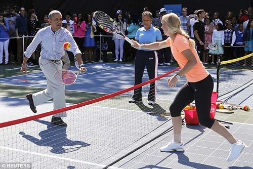 Wozniacki đánh tennis cùng Tổng thống Obama - 1