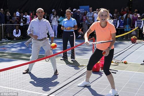Wozniacki đánh tennis cùng Tổng thống Obama - 2
