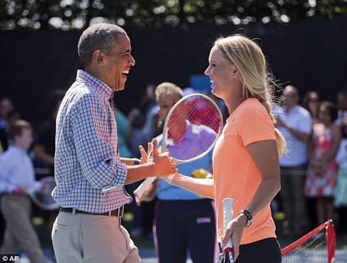 Wozniacki đánh tennis cùng Tổng thống Obama - 4