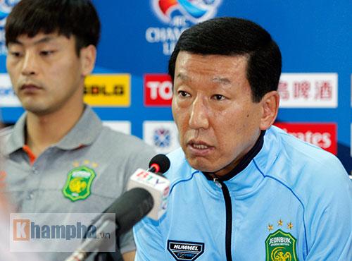 """""""Chelsea Việt Nam"""" tìm điểm đầu tiên ở cup C1 châu Á - 1"""