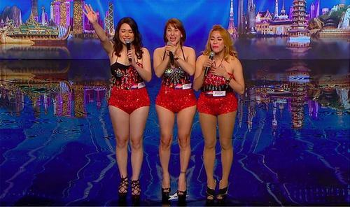 3 cô gái hát giọng nam khiến khán giả kinh ngạc - 1