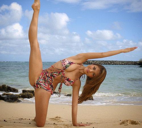 Thân hình sexy tuyệt đỉnh của mỹ nhân yoga gốc Á - 6