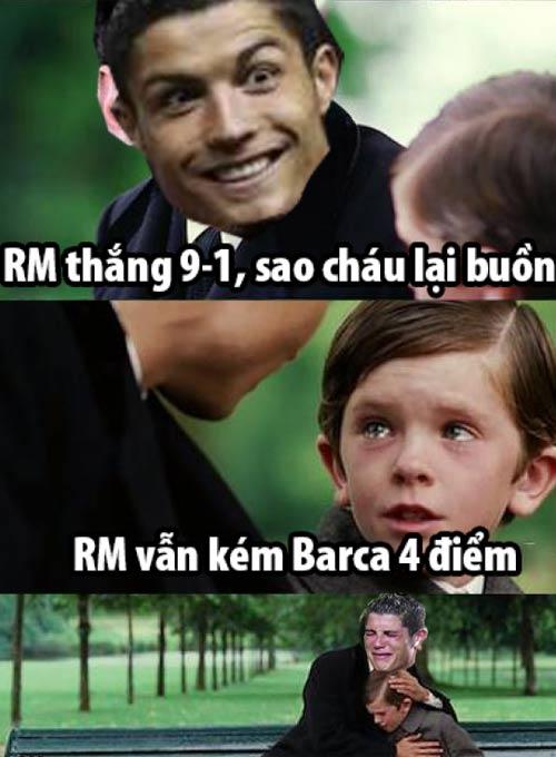 Ảnh chế tuần 30/3-7/4: Messi chạy trốn khỏi Ronaldo - 8