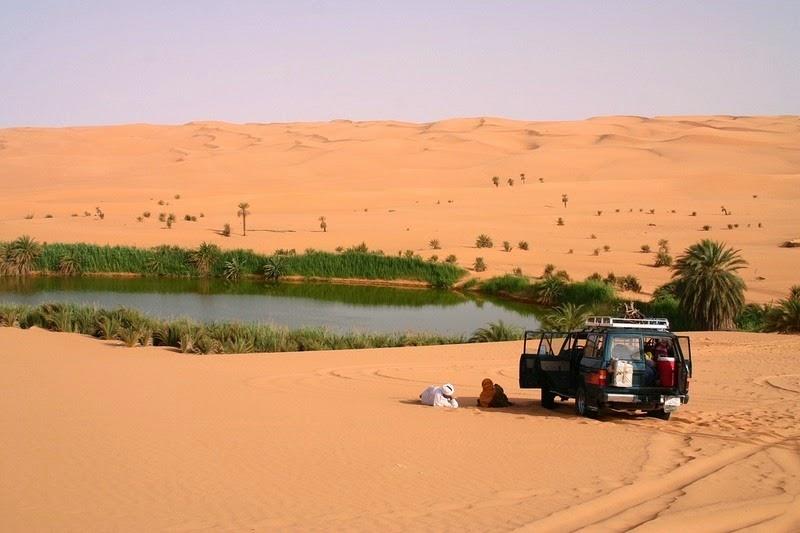 Choáng ngợp vẻ đẹp của ốc đảo giữa lòng sa mạc Sahara - 8