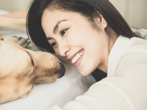 """Sao Việt cưng nựng chó như """"con yêu"""", bạn thân"""