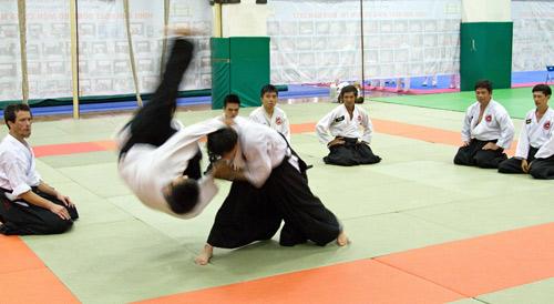 Đi tìm sức khỏe và tự tin ở Aikido - 4