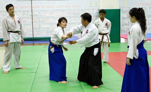 Đi tìm sức khỏe và tự tin ở Aikido - 1