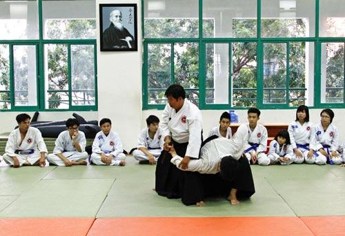 Đi tìm sức khỏe và tự tin ở Aikido - 2