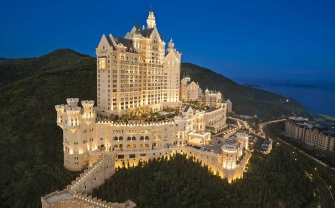 10 khách sạn lâu đài đẹp nhất thế giới - 3