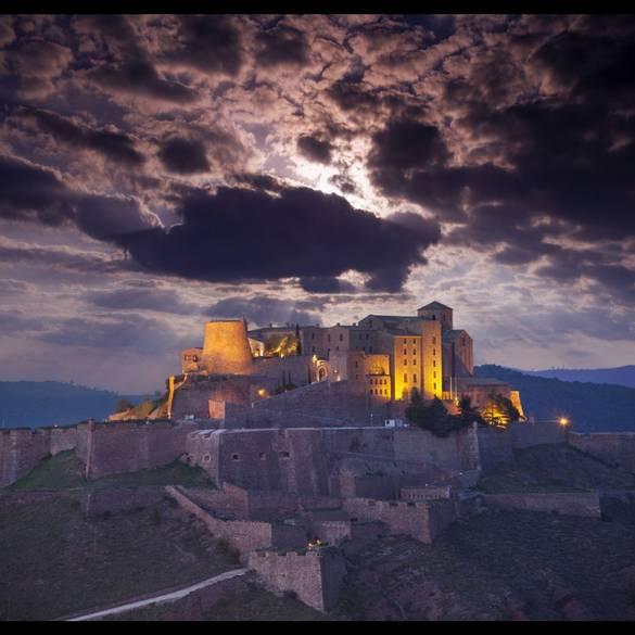 10 khách sạn lâu đài đẹp nhất thế giới - 10