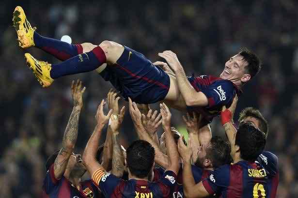"""Lionel Messi: Sinh ra là để được """"YÊU"""" - 2"""