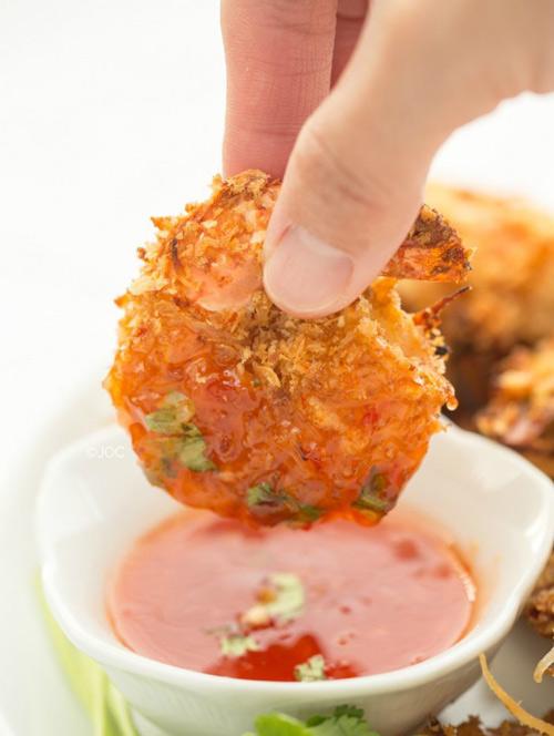 Đổi vị bữa ăn với tôm lăn dừa - 8
