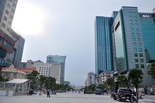Phố đi bộ hiện đại nhất Việt Nam trước giờ mở cửa - 6