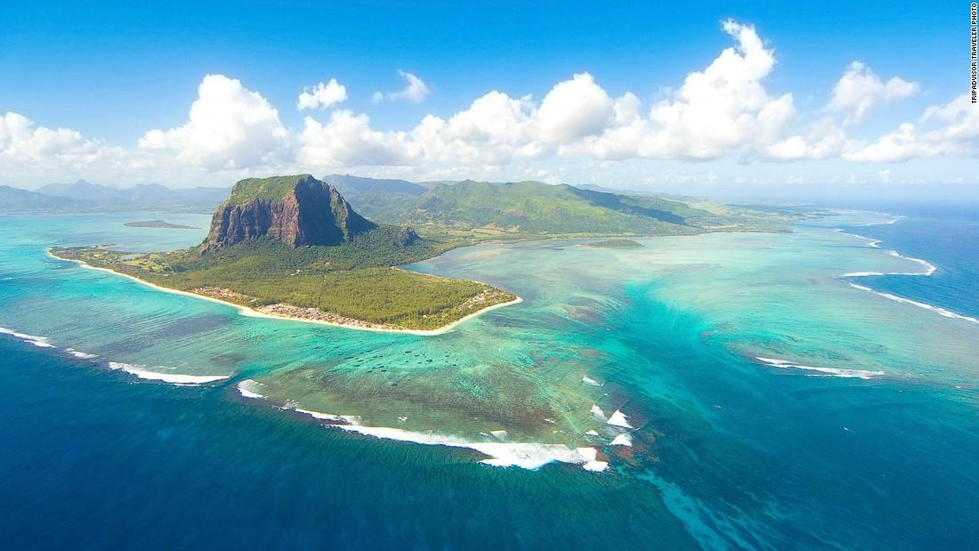 Mãn nhãn 10 hòn đảo du lịch đẹp nhất thế giới - 8