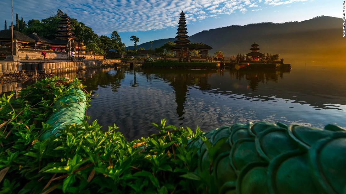 Mãn nhãn 10 hòn đảo du lịch đẹp nhất thế giới - 7