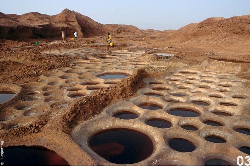 """Cánh đồng muối đất sét """"độc nhất vô nhị"""" ở sa mạc Sahara - 5"""