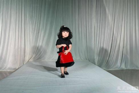 Chi hơn 3 tỷ tổ chức show thời trang cho con gái 2 tuổi - 4