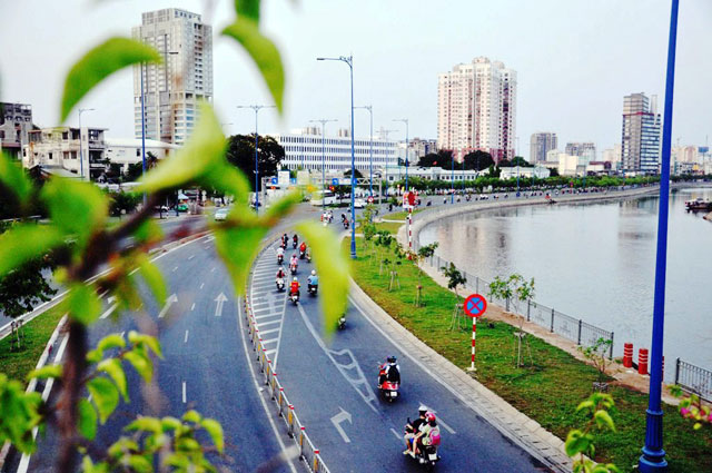 """Ảnh: Sài Gòn """"khoác áo mới"""" sau 40 năm giải phóng - 10"""