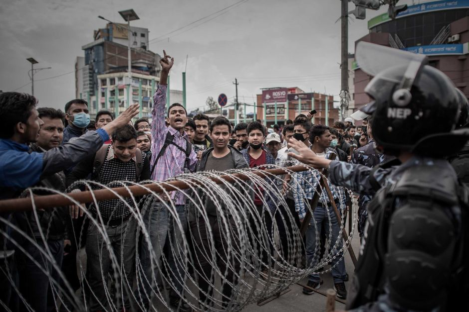 Động đất Nepal: 6.204 người chết, thủ đô nặng mùi tử khí - 3