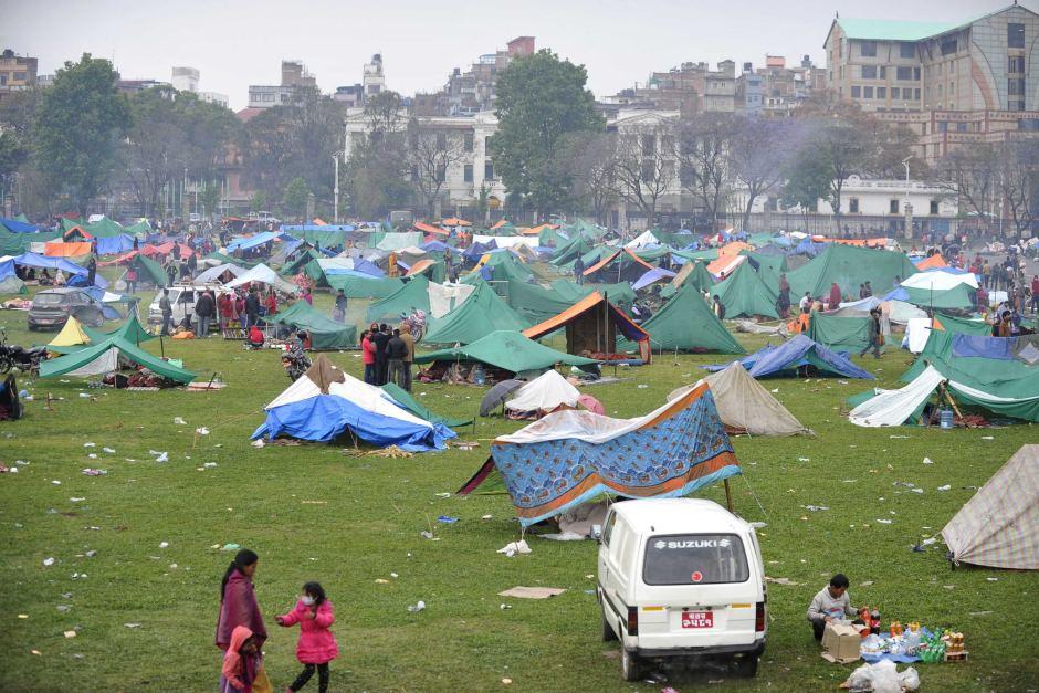 Động đất Nepal: 6.204 người chết, thủ đô nặng mùi tử khí - 2