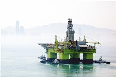 TQ đưa giàn khoan nước sâu thứ 2 đến biển Đông - 1